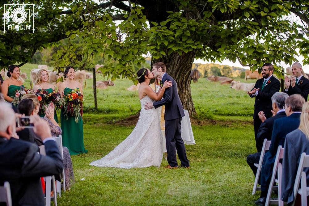 mass-moca-wedding-photo_009_0896